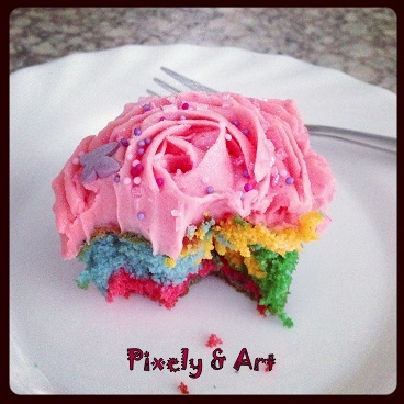 Pixely & Art Cupcake sabor chicle y muffin de colores.